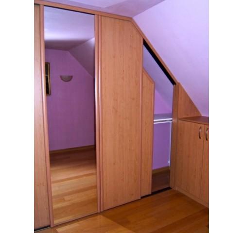 particuliers placard sous comble sous pente abc organisation. Black Bedroom Furniture Sets. Home Design Ideas