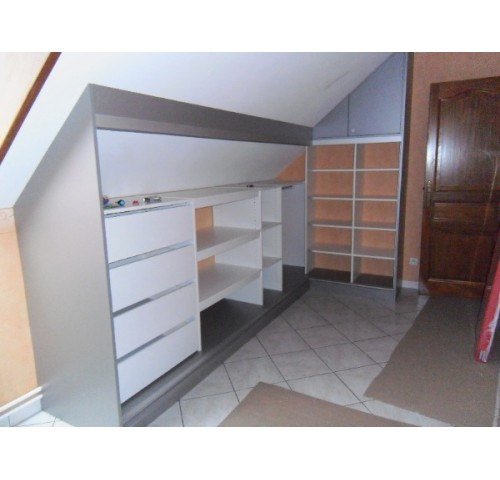 particuliers placard sous comble sous pente abc. Black Bedroom Furniture Sets. Home Design Ideas